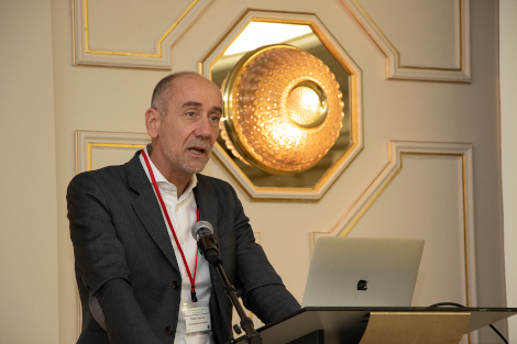 Photo of Jean-Eric Paquet speaking