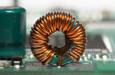 Image of an inductor on a circuit board